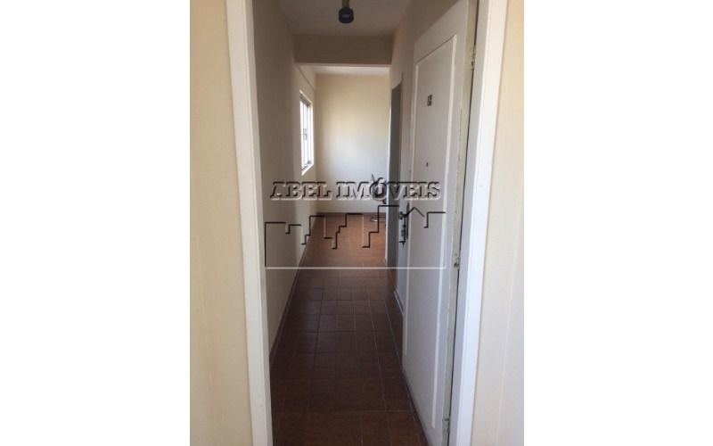 Apartamento 2 dormitórios, sala 2 ambientes, cozinha, banheiro e área de serviço no Itararé em São Vicente