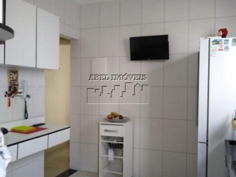 Apartamento 1 dormitório, sala, cozinha, banheiro e área de serviço no Itararé em São Vicente
