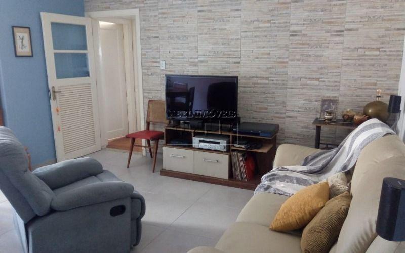 Apartamento 2 dormitórios, sala, cozinha, banheiro e área de serviço no Itararé em São Vicente