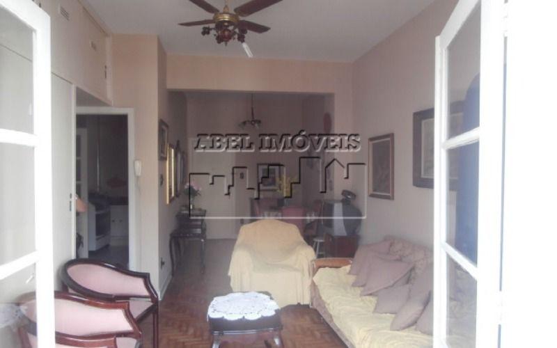 Apartamento 1 dormitório, sala, cozinha, banheiro, área de serviço e varanda no Itararé em São Vicente