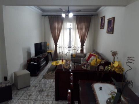 Casa 2 dormitórios, sendo 1 suíte, cozinha, 3 banheiros, área de serviço e garagem na Vila Valença em São Vicente