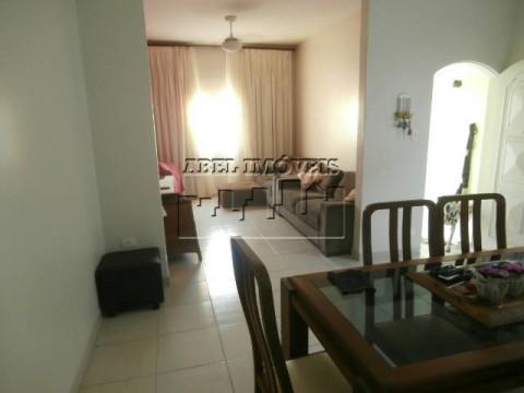 Casa 03 dormitórios em São Vicente