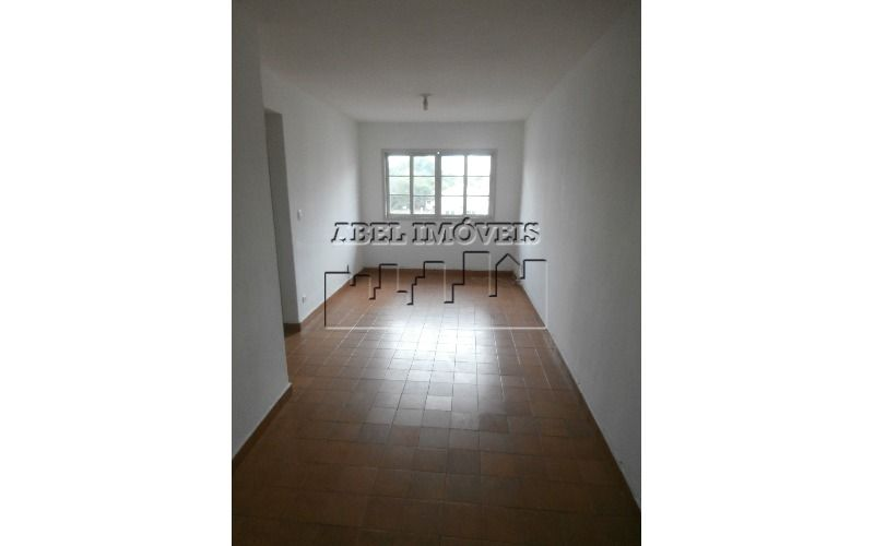 Apartamento com 70m² com 02 dormitórios, sala 2 ambientes, cozinha, banheiro, área de serviço e garagem no Parque Bitarú em São Vicente