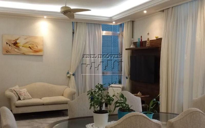 Apartamento 3 dormitórios (1 suíte), sala 2 ambientes com vista para o mar, cozinha, banheiro, área de serviço e garagem no Itararé em São Vicente...