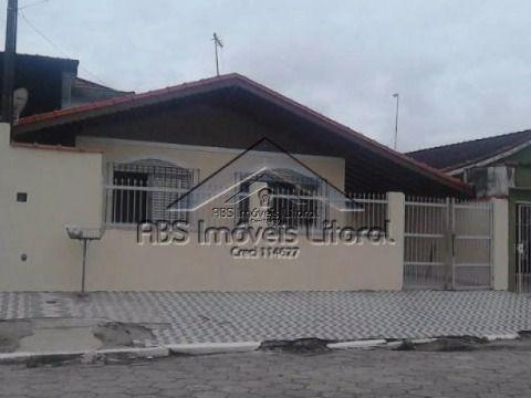 Casa isolada para locação definitiva em Praia Grande - SP