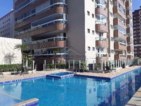 Apartamento 3 suítes na Vila Caiçara em Praia Grande