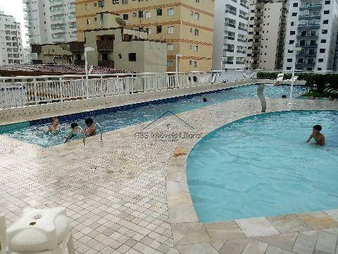 Apartamento de 3 dormitórios em Ocian Praia Grande