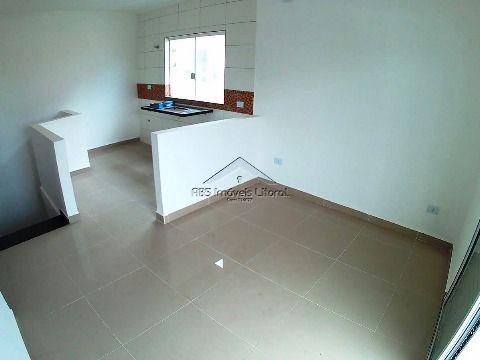 Casa nova em Vila Mirim em Praia Grande