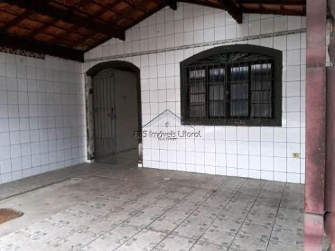 Casa com 2 dormitórios no Maracanã na Praia Grande