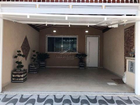 Casa nova com 2 dormitórios no Maracanã em Praia Grande - SP