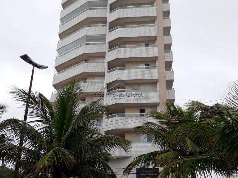 Apartamento de 2 dormitórios com suíte no Maracanã em Praia Grande