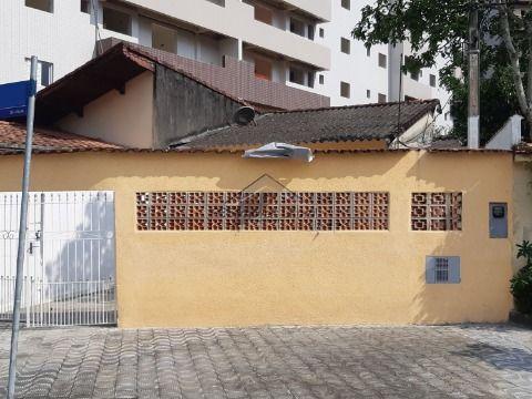 Casa de 2 dormitórios na Vila Caiçara em Praia Grande