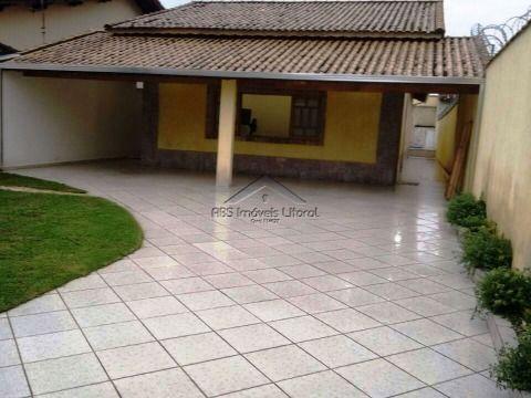 Casa isolada de 3 dormitórios ( 2 suítes ) no Maracanã em Praia Grande