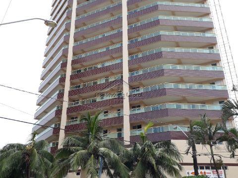 Apartamento de 2 dormitórios 1 suíte na Ocian em Praia Grande