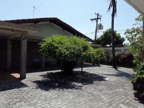Casa 3 Dormitórios no Maracanã em Praia Grande - SP