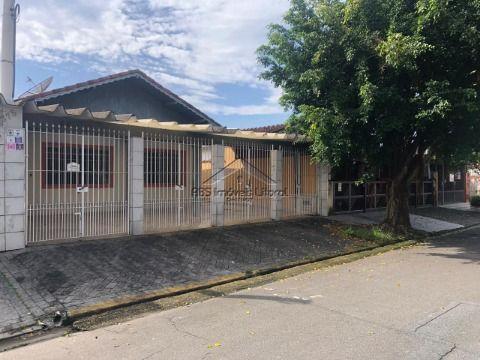 Casa isolada no Jardim Imperador em Praia Grande( entrada 150 mil )