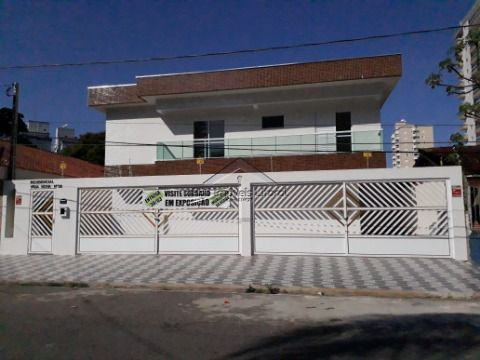 Casa em condomínio na Vila Caiçara em Praia Grande