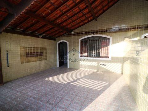 Casa no Maracanã em Praia Grande - SP ( entrada de 130 mil )