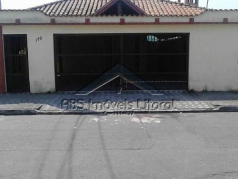 Casa de 1 dormitório em Praia Grande-SP