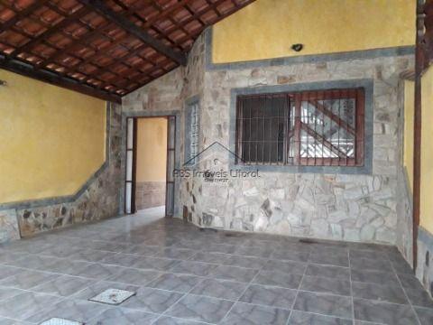 Casa 3 dormitórios na Vila Caiçara em Praia Grande - SP ( entrada de 150 mil )