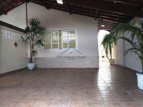 Casa reformada na Vila Tupi em Praia Grande SP