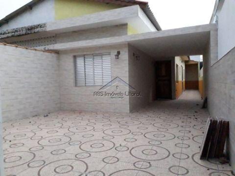 Casa 2 Dormitórios no Maracanã em Praia Grande - SP
