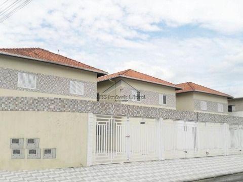 Casa nova em condomínio Praia Grande