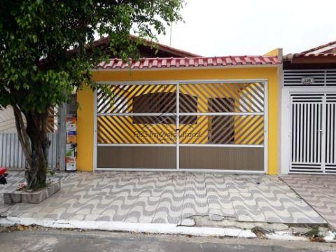 Casa 3 dormitórios no Jardim Imperador em Praia Grande - SP ( entrada de 80 mil )
