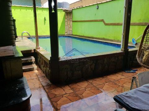 Casa com piscina 2 Dormitórios no Jardim Princesa em Praia Grande-SP