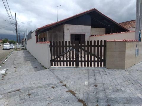 Casa reformada no Maracanã na Praia Grande - SP
