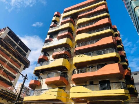Apartamento 1 dormitório com suíte no Campo da Aviação em Praia Grande - SP