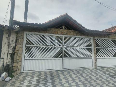 Linda Casa 2 Dormitórios na Vila Caiçara em Praia Grande