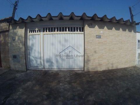 Linda Casa 3 dormitórios bairro do Samambaia em Praia Grande