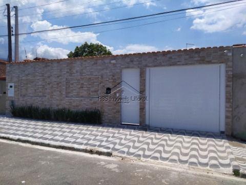 Casa isolada e reformada no Solemar em Praia Grande - SP