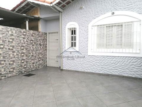 Casa 1 Dormitórios na Vila Caiçara em Praia Grande - SP