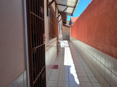Casa 2 Dormitórios no Maracanã em Praia Grande SP
