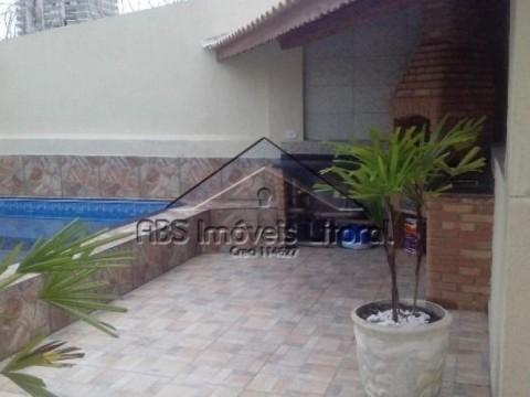 Casa isolada em Vila Caiçara, Praia Grande-SP