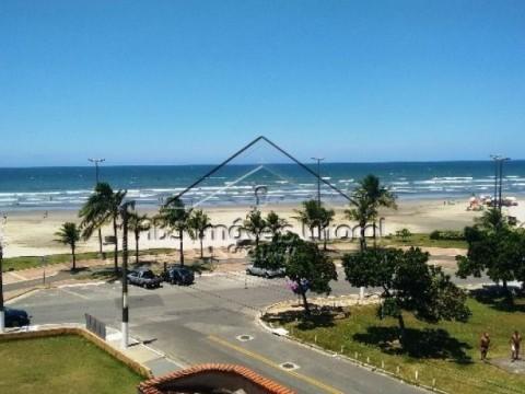Apartamento de frente ao mar em Praia Grande