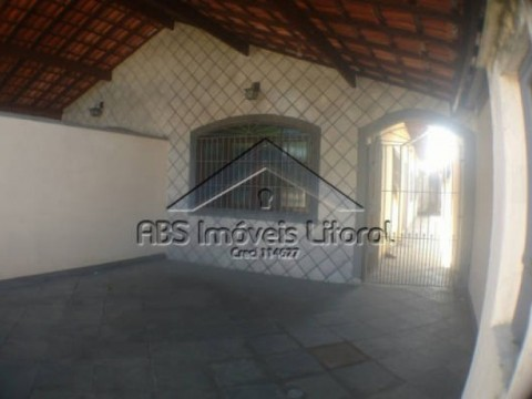 Casa 2 Dormitórios no Maracanã Praia Grande - SP