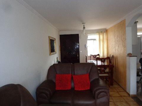 Apartamento Grande a Venda no Conjunto Residencial José Bonifácio