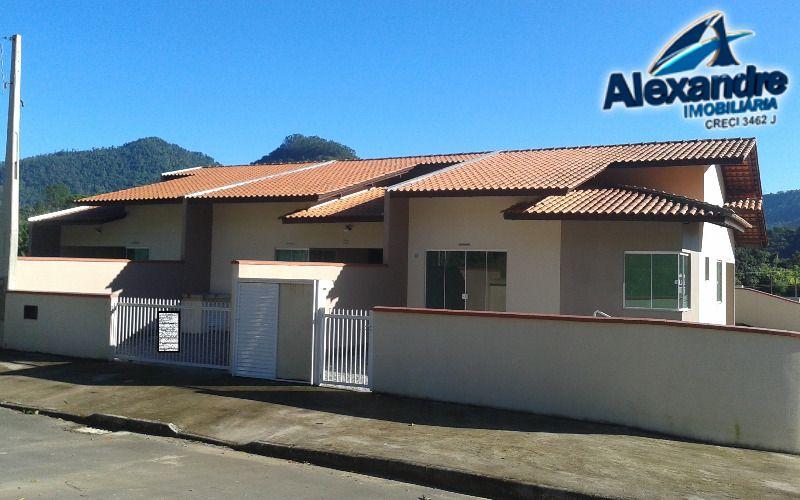 Casa geminada no bairro Jaraguá 84 em Jaraguá