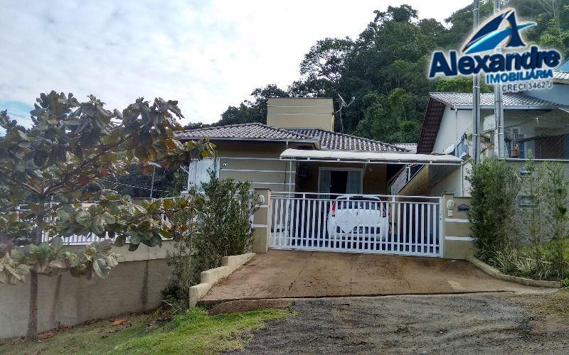 Casa Três Rios do Sul em Jaraguá do Sul