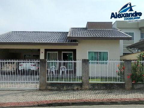 Casa em Jaraguá Esquerdo - Jaraguá do Sul