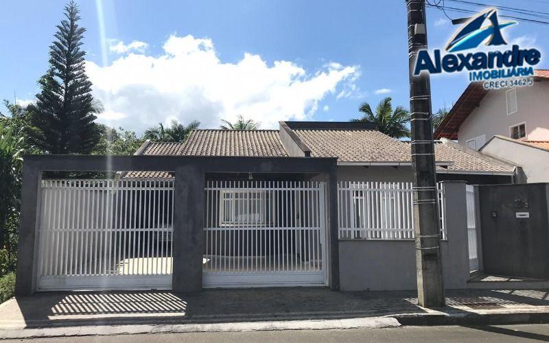 Casa no bairro Rau em Jaraguá do Sul.