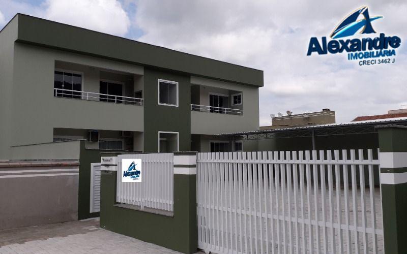 Apartamento no bairro Barra do Rio Cerro
