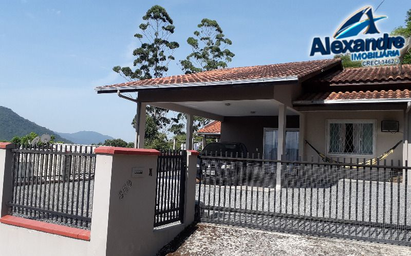 Casa no bairro Ilha da Figueira em Jaraguá do Sul.