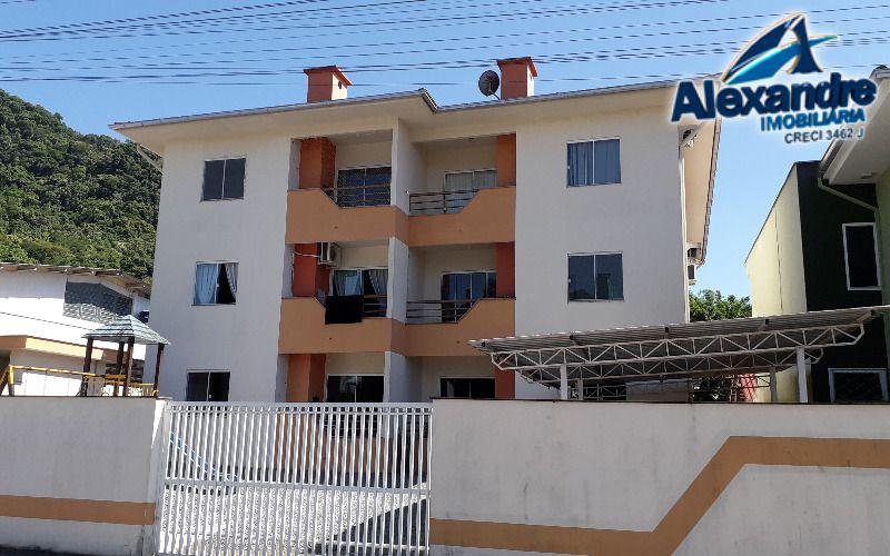 Apartamento no Residencial Morada do Sol, bairro V