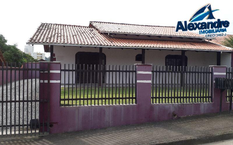 Casa  no bairro Jaraguá 99 em Jaraguá do Sul.