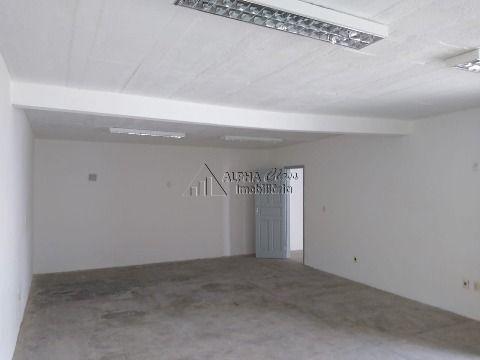 Excelente prédio comercial em Lauro de Freitas