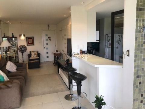 Apartamento com 2/4 com uma suite  a venda em Alphaville I.